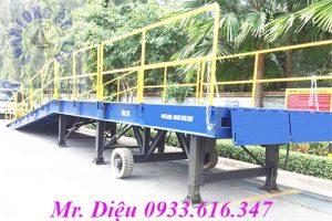 cầu xe nâng rút hàng 30 tấn