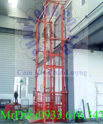 thang nâng hàng thủy lực PL005